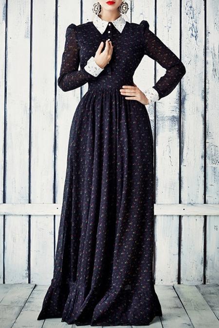 Długa sukienka z kołnierzykiem w stylu boho