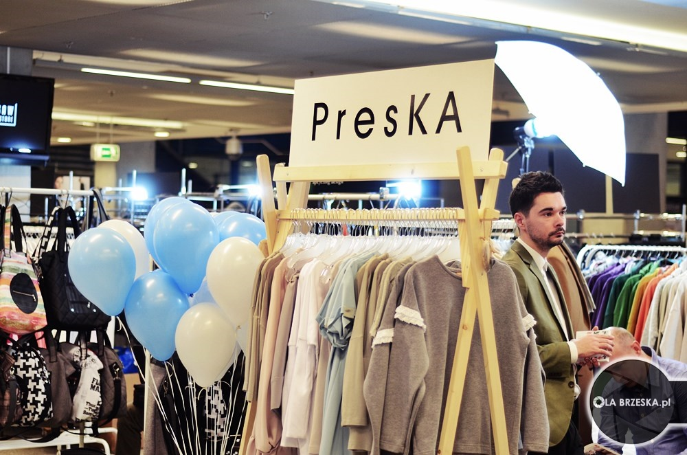 presKA na warsaw fashion store fot. Ola Brzeska
