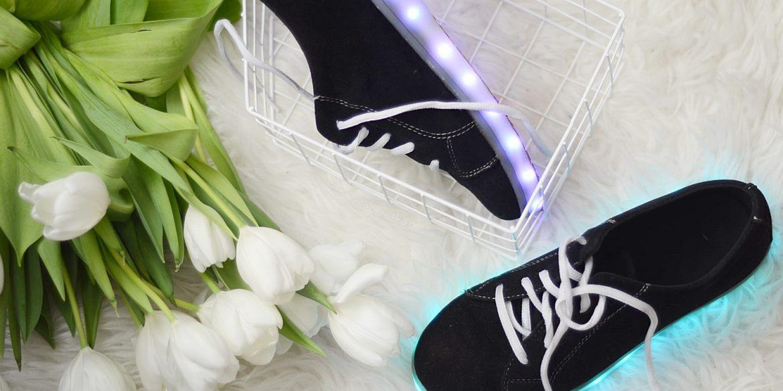 BUTY LED – gdzie kupić? Czy warto zamówić świecące buty z Chin?