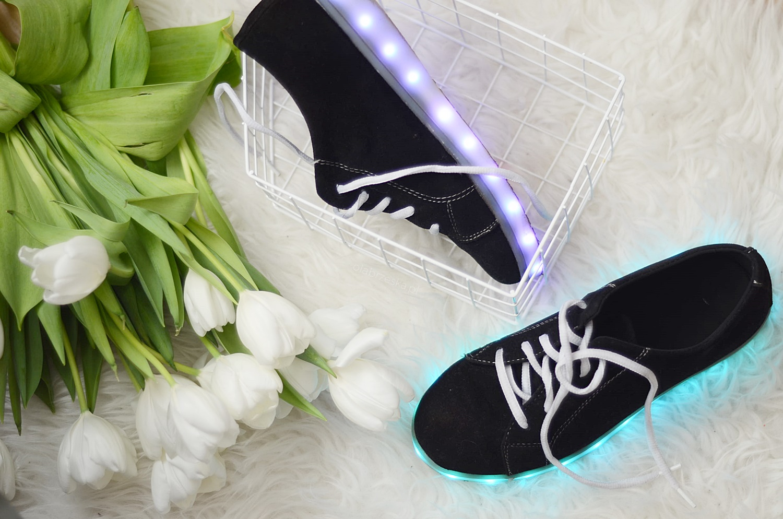 5a5bc0999338a BUTY LED - gdzie kupić? Czy warto zamówić świecące buty z Chin ...