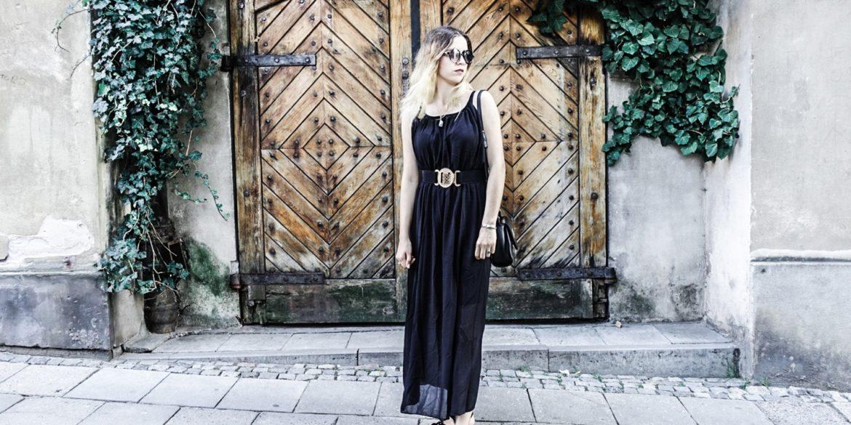Zwiewna czarna sukienka maxi nie tylko na eleganckie okazje!