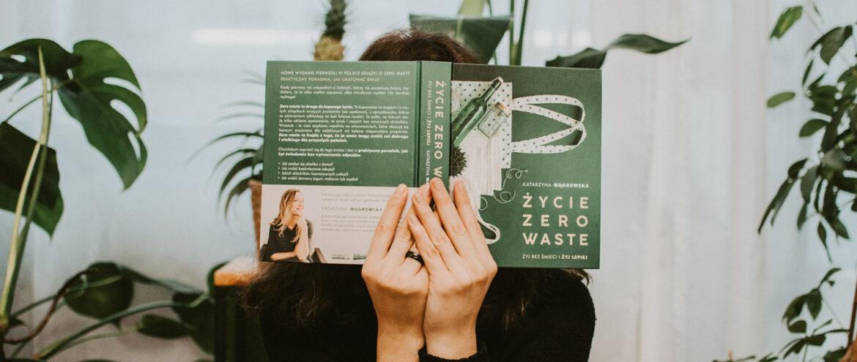 Książki o tematyce zero waste, które warto przeczytać na start!