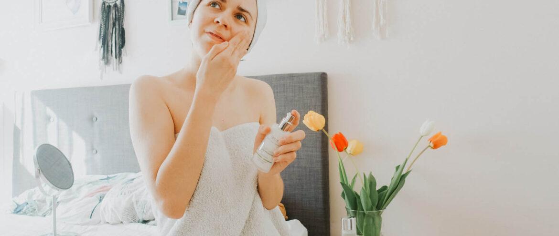 Ekologiczna pielęgnacja twarzy – demakijaż, oczyszczanie i nawilżanie twarzy